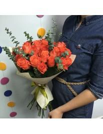 Букет из 19 роз сорта Wow
